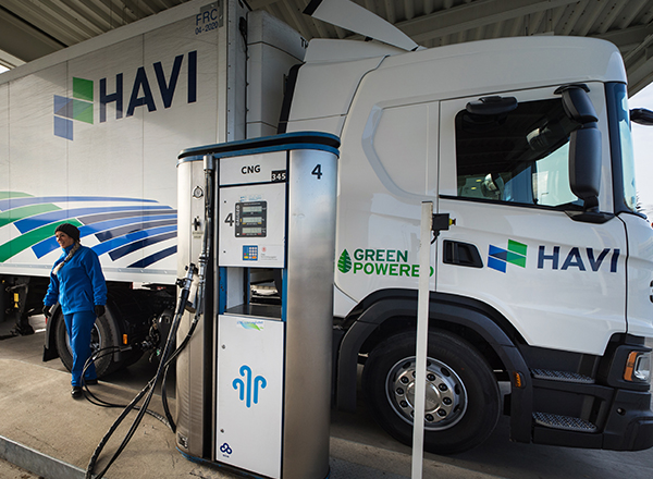 green powered HAVI truck refueling